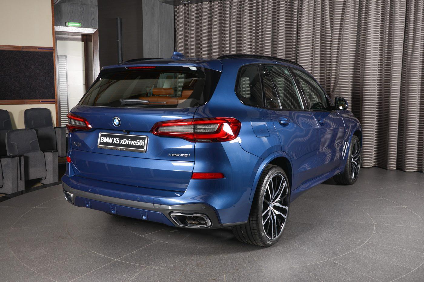 Bmw X5 G05 Mit V8 Motor Und M Sport Paket In Phytonic Blue