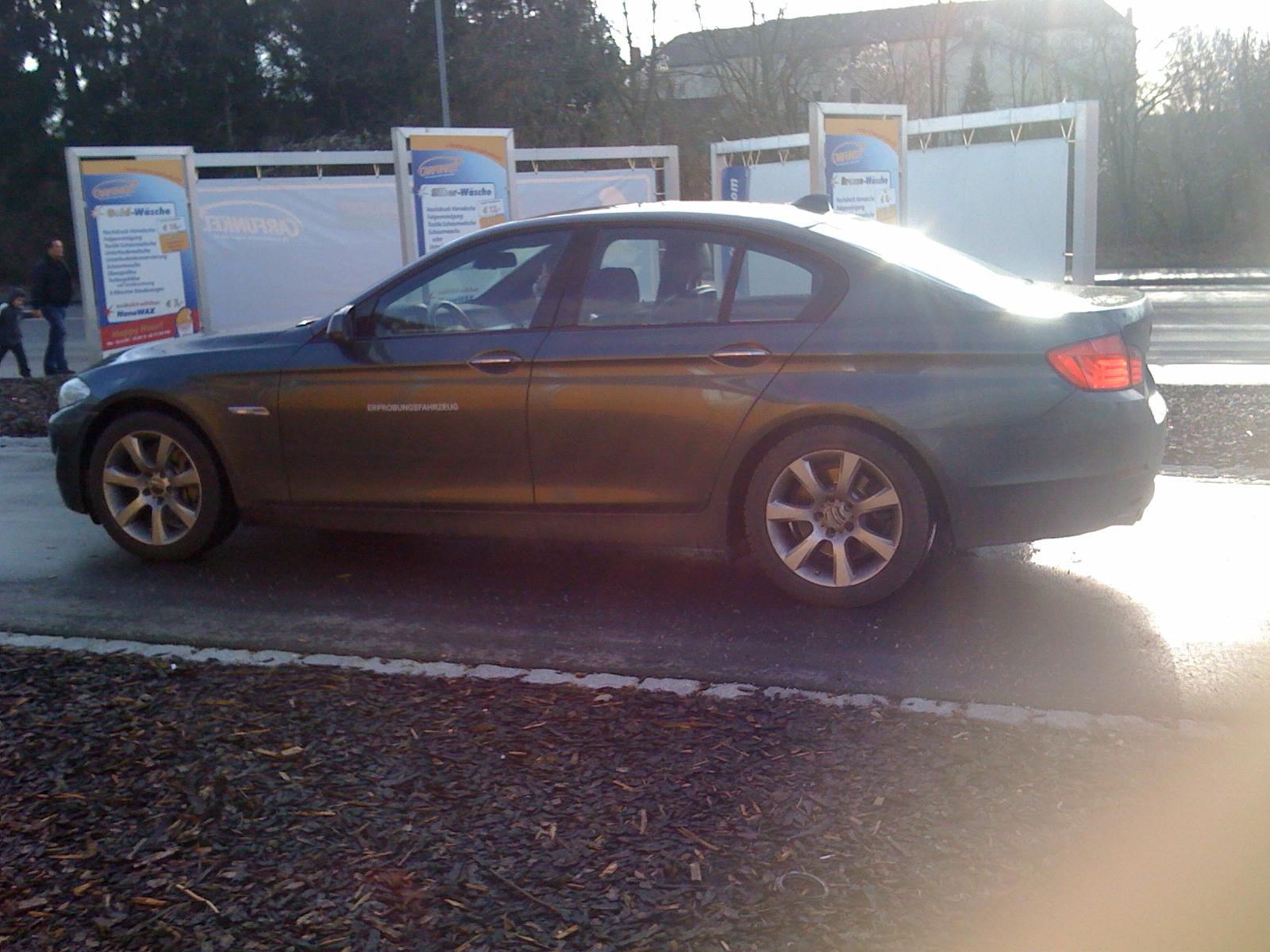 Neue Spyshots zeigen den BMW 5er F10 in Dingolfing